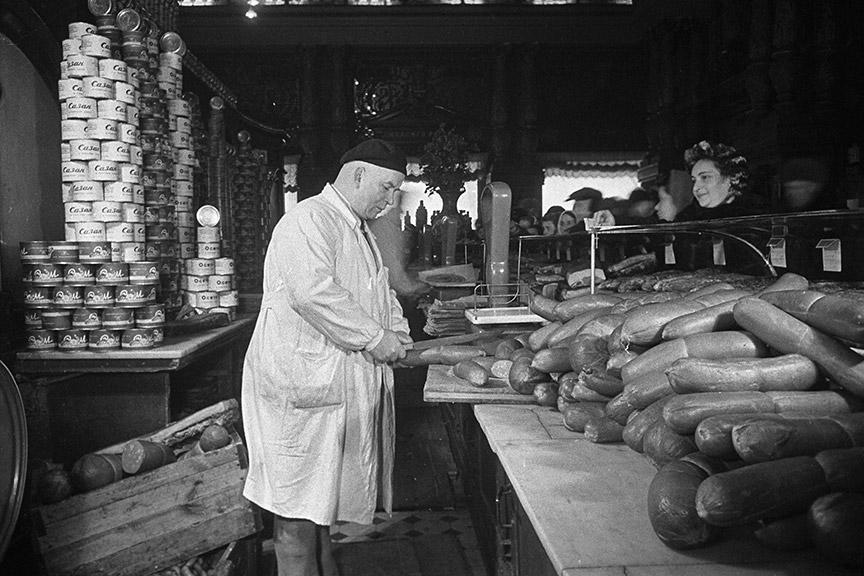 фабрика кухня Съветски съюз колбаси сладолед Сталин Микоян
