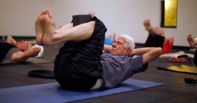 Спортът според възрастта. Какво да изберем? Физическото натоварване във всяка възраст помага за запазване на добрата физическа форма, кондиция и бодрост. Прекомерното натоварване обаче може да доведе до спортни травми, а някои упражнения дори могат да се окажат противопоказни, когато се практикуват в един или друг период от живота. Сайтът на Силвето. Следвай ме - Стил.