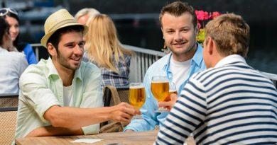От какво трябва да се страхуват мъжете? Мъжката дружба е не само рисковано приключение, пиянство и съмнителни истории, в които вие никога не бихте попаднали. Излишни килограми, риск от диабет, лошо настроение, кардиологични заболявания и вероятност от образуването на раков тумор.
