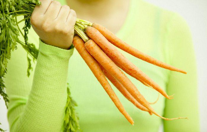 Ваденето на морковите възможно до средата на есента. Морковите са по – трайни за съхранение през зимата в сурово състояние, ако се приберат по-късно.