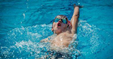 Какъв спорт и кога да изберем за нашето дете? Заниманието с един или друг спорт съвсем не означава, че детето трябва да изнемогва от тренировки, за да стане шампион. Спортът, както и всяко физическо занимание са твърде необходими за хамоничното развитие на неговата физика, така и за укрепване на волята, поставяне за цели и тяхното постигане. Сайтът на Силвето Слдвай ме. У дома