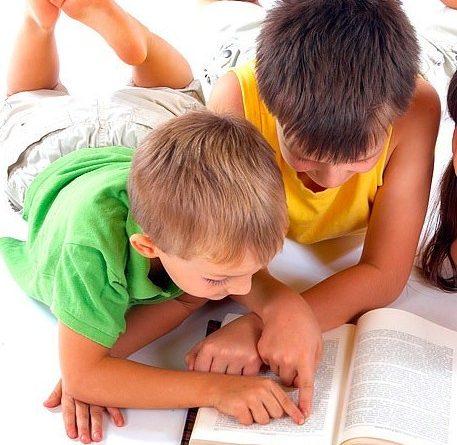 Игри научават детето да чете преди 1 клас. Да бъде научено детето да чете преди първи клас и да не изгуби интерес към книгите, е нещо напълно реално. Най-важно за успеха на това начинание е да се разбере дали детето психологически е готово. Сайтът на Силвето. Следвай ме - У дома.