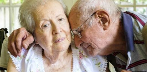 """Болестта на Алцхаймер се превърна в глобална епидемия. Над 100 000 са засегнатите от някакъв вид деменции в страната ни, като поне половината страдат от болестта на Алцхаймер, обявиха от гражданското сдружение """"Алцхаймер - България"""". Данните са получени при единственото, направено в България епидемиологично проучване на заболяването до момента, което се е провело във Варненския регион. Следвай ме - Здраве"""
