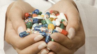 Омбудсманът Мая Манолова ще сезира Конституционния съд за мораториума върху лекарствата. Мораториумът ще бъде наложен от 2018 г. върху новите лекарствени продукти. Следвай ме - Здраве