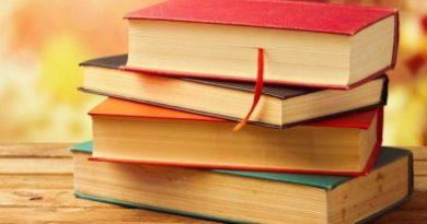 """Онкологичната болница събира книги за библиотека на болните . Дарителска акция на книги започва Унверситетската специализираната болница по онкология, за да оборудва библиотека за пациентите. Кампанията е наречена """"Оздравей с книга"""" се организира от лечебното заведение и интернет базиранта платформата Timeheroes. Целта е със събраните книги и развлекателни игри да се оборудва бибилиотека за пациентите в лечебното заведение, за да бъдат престоят и лечението им по-леки. Следвай ме - Общество"""