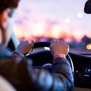 Вдигаш кръвното и захарта, взимат ти шофьорската книжка. Ако сте хипертоник с опасни стойности на кръвното и не се лекувате, или пък сте диабетик и също отказвате лечение, ще трябва да се разделте с шофьорската си книжка .Това предвижда проект за изменение на Наредбата за изискванията за физическа годност на водачите на моторни превозни средства, който вече е публикуван на електронната страница на Министерството на здравеопазването за обществено обсъждане. Следвай ме - Общество