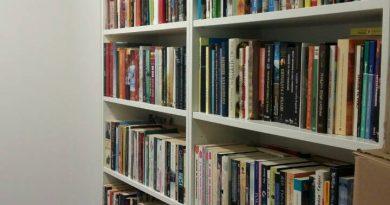 """Над 5000 книги и редица забавни игри събра дарителската акция на Университетската специализирана болница по онкология (УСБАЛО) """"Оздравей с книга"""". Тя започна в началото на декември и приключи по Коледа. Акцията се осъществи съвместно с платформата """"TimeHeroes"""". В нея се включиха както десетки отделни хора, така и издателства като """"13 века България"""", """"Златното пате"""" и много други. Следвай ме - Здравее"""