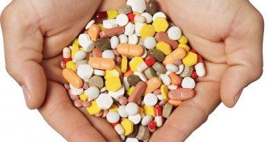 Лекарствата за редки болести вече ще се доставят без конкурс, обявяван от болниците, кактосе изискваше до сега. Това решиха депутатите на второ четене в зала с промяна в Закона за обществените поръчки. Занапред лечебните заведения ще могат да ги доставят пряко, достатъчно е тези медикаменти да са регистрирани поне в една страна – членка на Европейския съюз. Следвай ме - Здраве