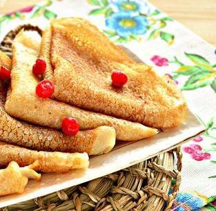 Палачинки постни (вегански). Тези, които постят, вероятно съжаляват, че в продължение на четиридесет дни няма да хапват палачинки за закуска, тъй като те се приготвят с мляко и яйца. Следвай ме - Гурме