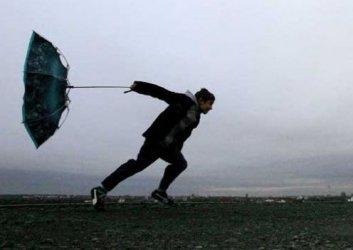 Бурен вятър, дъждове и поледици в страната на 18 март. Следвай ме - Общество