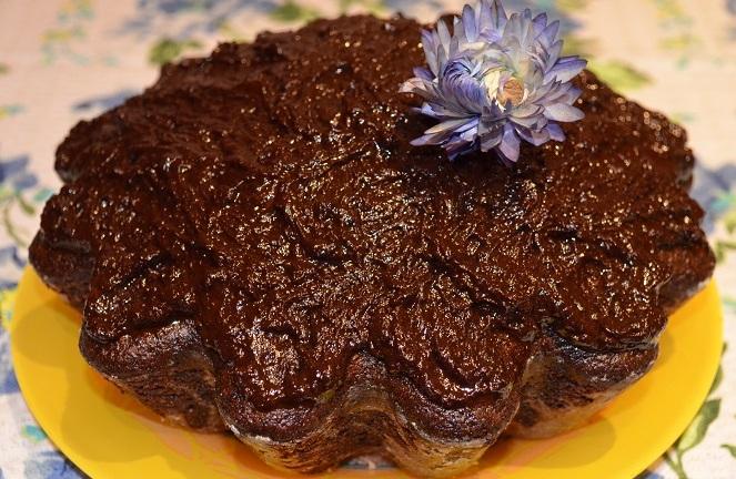 Какаов постен кекс. По време на пости домакинята, някак си, се справя с основните блюда, но десертът всякога остава най-трудният момент в кулинарията, когато сред продуктите не бива да има такива от животински произход. Следвай ме - Гурме