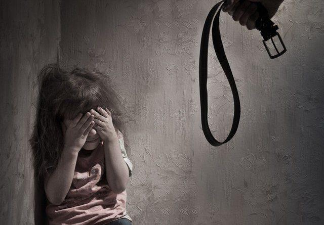 Боят вкъщи отприщва от рано безразборните сексуални контакти. Неблагоприятните преживявания в детството водят до рисково за здравето поведение в зряла възраст. Това сочат данните на актуално двугодишно проучване на д-р Румяна Динолова от Националния център за опазване на общественото здраве и анализи (НЦОЗА). Следвай ме - У дома