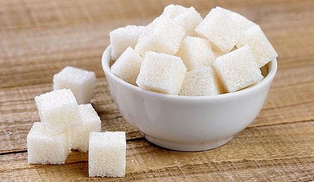Прекомерната употреба на захар и захарни изделия забавя кръвообщанието. Това може да се окаже дори фатално. Следвай ме - Здраве