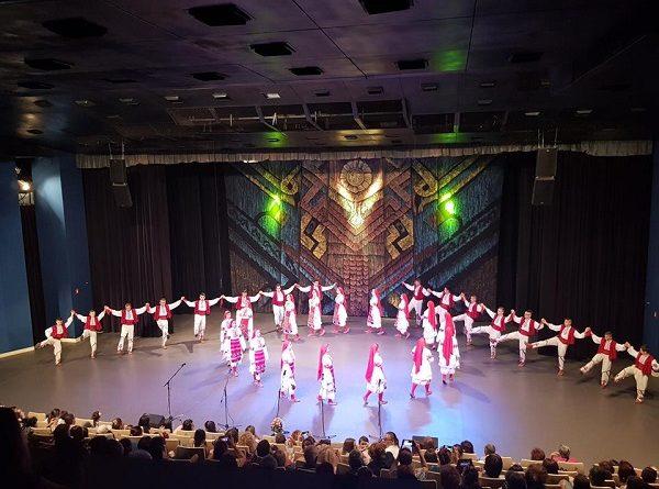 """Годишен гала-концерт на Центъра за личностно и творческо развитие на децата в Благоевград ще се проведе на 12 юни от 18.30 часа в зала """"Пейо Яворов"""". Това съобщиха от общината. Следвай ме - Култура"""