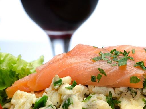 9 идеални съчетания за здраве и красота. Известният диетолог д-р Джоузеф Меркола разкрива девет идеални съчетания на хранителни продукти, които осигуряват здраве, идеална фигура и красота. Следвай ме - Здраве