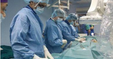 """Кардиолози от университетската болница """"Св. Марина"""" във Варна направиха безкръвни сърдечносъдоваиинтервенции на нови шест пациенти. Следвай ме - Здраве"""