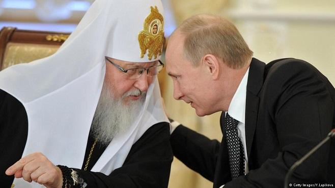 """Путин и политическото му обкръжение в Кремъл преименуваха православната църква в Украйна. Няколко пъти те вече я наричат """"Руска православна църква в Украйна"""". Досега официално тя се наричаше Украинска православна църква – Московска патриаршия. Следвай ме - Общество"""