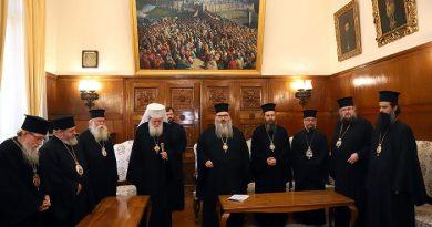 Синодът ни е отказал да свика общоправославен събор, на който да бъде обсъден въпросът за Украинската православна църква, съобщиха от Синодалната палата. Искането за събор е било отправено с писмо на руския патриарх Кирил. Следвай ме - Вяра