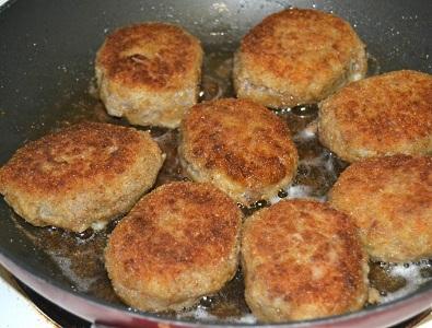 Картофени кюфтета с гъби. Картофени кюфтета пълнени със зеленчуци. Следвай ме - Гурме