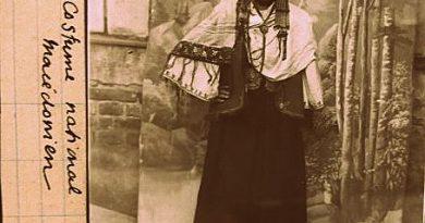 """Фотоизложба """"България през стъклото на времето"""" разкрива хубости от 30-те години. Следвай ме - Култура"""