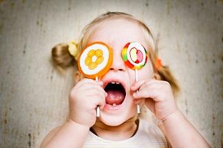 Гъбите са опасни са детското здраве колкото дъвката. Газираните напитки и соковете в кутийки- натъпкани са със захар и в още по-лошия случай, със захарозаместители. Следвай ме - Здраве