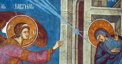 Благовещение е християнският ден на жената и майката. Като такъв той се е празнувал до 1944 година. На този ден се възвестява момента, в който Архангел Гавриил съобщава на Дева Мария, че тя ще роди по плът очаквания Спасител на човечеството, сина Божий - Иисус Христос. Следвай ме - Вяра