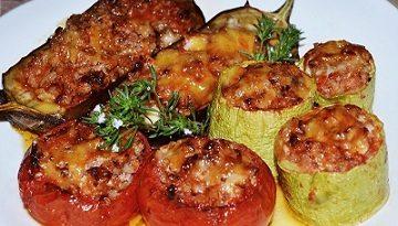Фаршировани чушки, патладжани и тиквички. Картофи в чеснов сос. Вкусно по време на пости, Следвай ме - Гурме