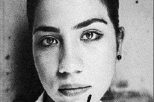 """""""Мелос"""" - изложба на Гийом Лебран. Тя включва повече от 40 фотографии, заснети в периода 2006-2012 г., по време на неговите пътувания между Турция, България и Гърция, в компанията на писателя Рене Далиго. Следвай ме - Култура"""