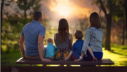 Всеки шести българин би станал приемен родител, ако получава заплата и издръжка от държавата за приемното дете, а две трети от сънародниците не биха станали приемни родители при каквито и да е условия. Следвай ме - Общество