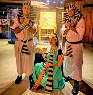 Показват Египетската изложба и вечер в Бургас Дегустация на автентични ястия от Древната страна. Следвай ме - Култура