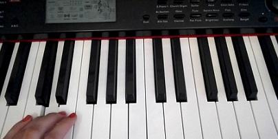 Безплатни уроци по пиано, пеене и вокално майсторство за деца и ученици започват от новата учебна година. Инициативата е на Негово Високопреосвещенство Старозагорския митрополит Киприан. Следвай ме - Култураа