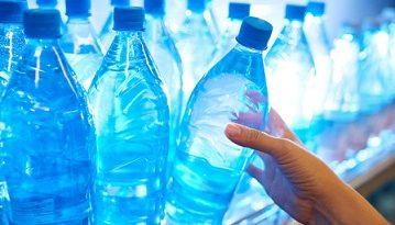 Бутилираната вода крие опасен химикал - BPA. Следвай ме - У дома