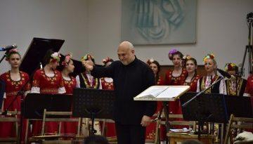 """Присъждат наградата """"Нестинарка"""" на проф. д-р Костадин Бураджиев Започва 47-я Международния фолклорен фестивал в Бургас от тази вечер. Следвай ме - Култура"""