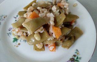 Зеленчуковото рагу с ечемик е добър вариант, разнообразяващ безмесната трапеза по време на Богородичните пости. Следвай ме - Гурме