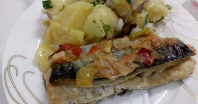 Рибното ястие – здраве в чиния Как се приготвят плакия с маслини и скумрия с целина? Следвай ме - Гурме