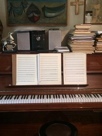 Даряват пианото на Тончо Русев на Московото казино в Бургас Инструментът ще бъде предоставен от внучката на именития бургазлия - Елена Хаджистоянова, на 24 септември от 17.00 часа. Следвай ме - Култура