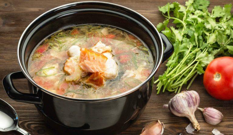 Най-вкусната рибена чорба ще бъде класирана от специално жури по време на Фестивала на рибата и виното, който ще се проведе на 13, 14 и 15 септември в Бургас. Самото гласуване за чорбата ще стане в последния ден ден -15-ти, съобщиха от общината. Следвай ме - Общество/Гурме