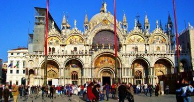 """Наводнението във Венеция повреди тежко мозайките в катедралата """"Сан Марко"""" (""""Свети Марко""""). Следвай ме - Общество"""