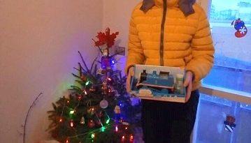 Благодетели направиха Коледата възможна за дете с увреждания и бедстващите му близки. Следвай ме - Вяра