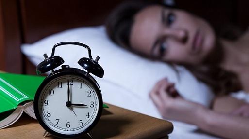 Тъпчем се с вредна храна, ако не сме си доспали Висок % на инсулти и инфаркти при хората, които не си доспиват. Следвай ме - Здраве