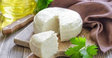Адигейското сирене е националното блюдо на черкезката кухня. Този продукт се отнася към меките сортове сирена, които не се нуждаят от узряване. Следвай ме - Гурме