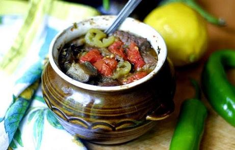 Гювеч с агнешко – вкусното балканско блюдо. Следвай ме - Гурме