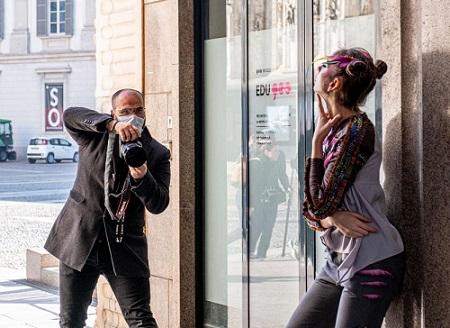 """Модата """"коронавирус"""" презве световните подиуми. Следвай ме - Стил"""