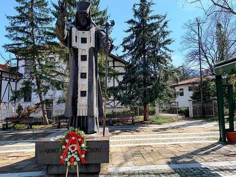 За първи път покровителят на Враца и епархията Св. Софроний Врачански бе почетен само с Литургия и кметски венец. Следвай ме - Вяра