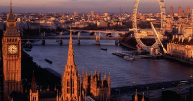 Министерството на труда и социалната политика (МТСП) в партньорство с Агенция по заетостта планира да проведе кариерен форум за българи във Великобритания на 7 март 2020 г. в посолството на България в Лондон, съобщиха от там. Следвай ме - Общество