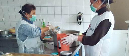"""""""Каритас"""" търси предпазни средства за дейността си сред бедните и самотните. Следвай ме - Общество"""
