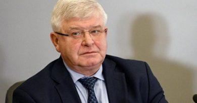 Министър Ананиев отмени своя заповед,Следвай ме - Общество