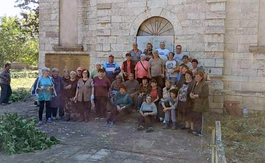 """Започна ремонтът на храма в село Крушовица със спонсолството на АЕЦ """"Козлодуй"""", Следвай ме - Вяра"""