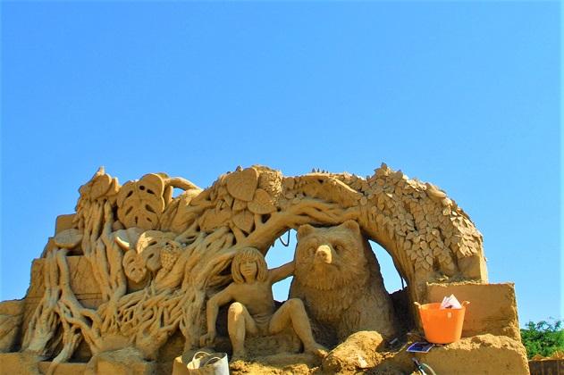 Фестивал на пясъчните скулптури в Бургас Следвай ме - Общество