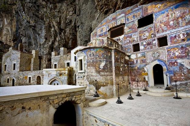 Манастирът Хора става джамия, Следвай ме - Вяра